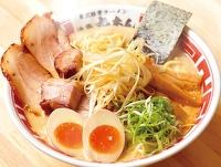 東京豚骨ラーメン(得入りトッピング)(屯ちん)